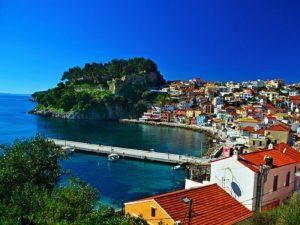 Σε ποια μέρη θα απολαύσουν οι ξένοι τουρίστες τον ελληνικό ήλιο;